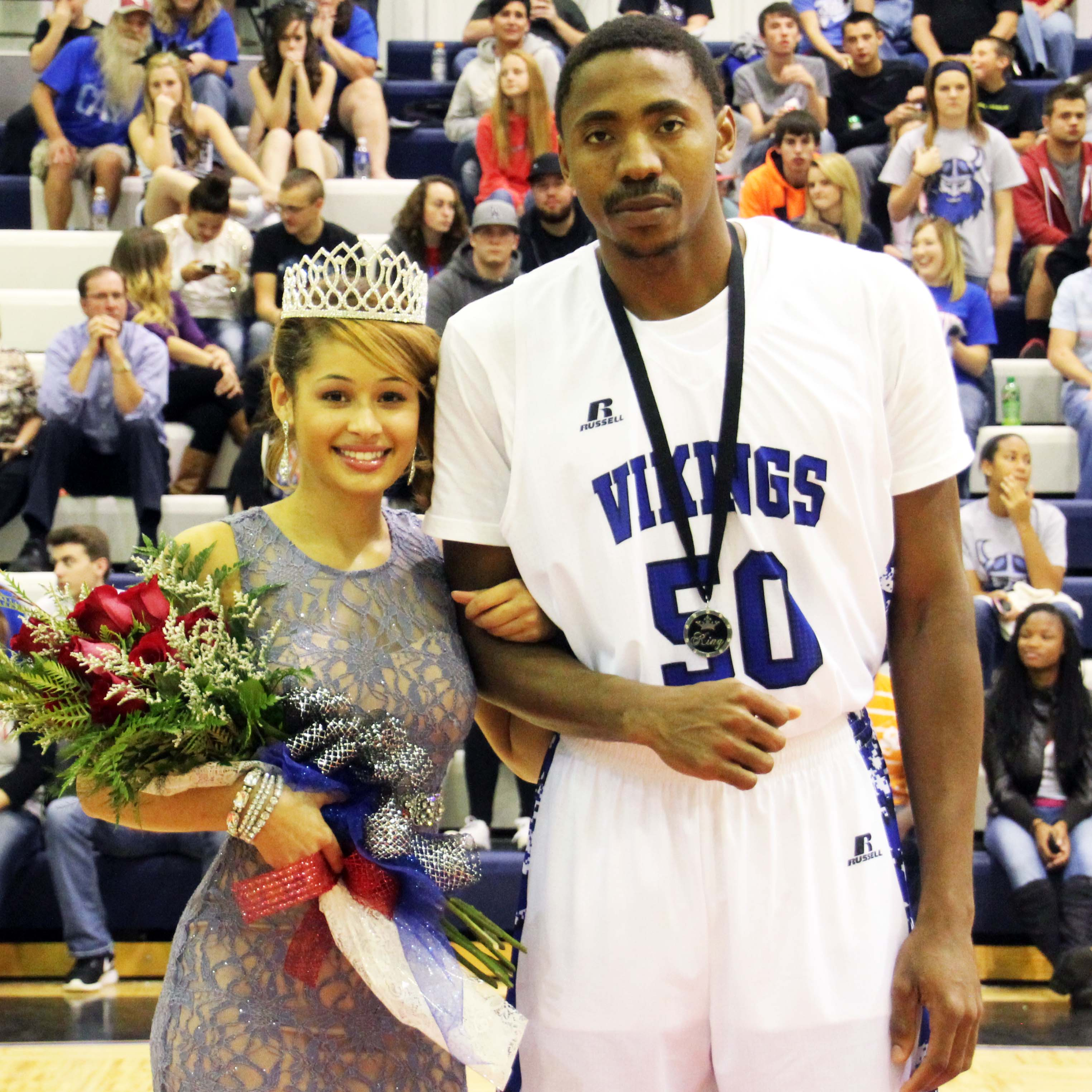 IMG_7055 homecoming queen and king 2014